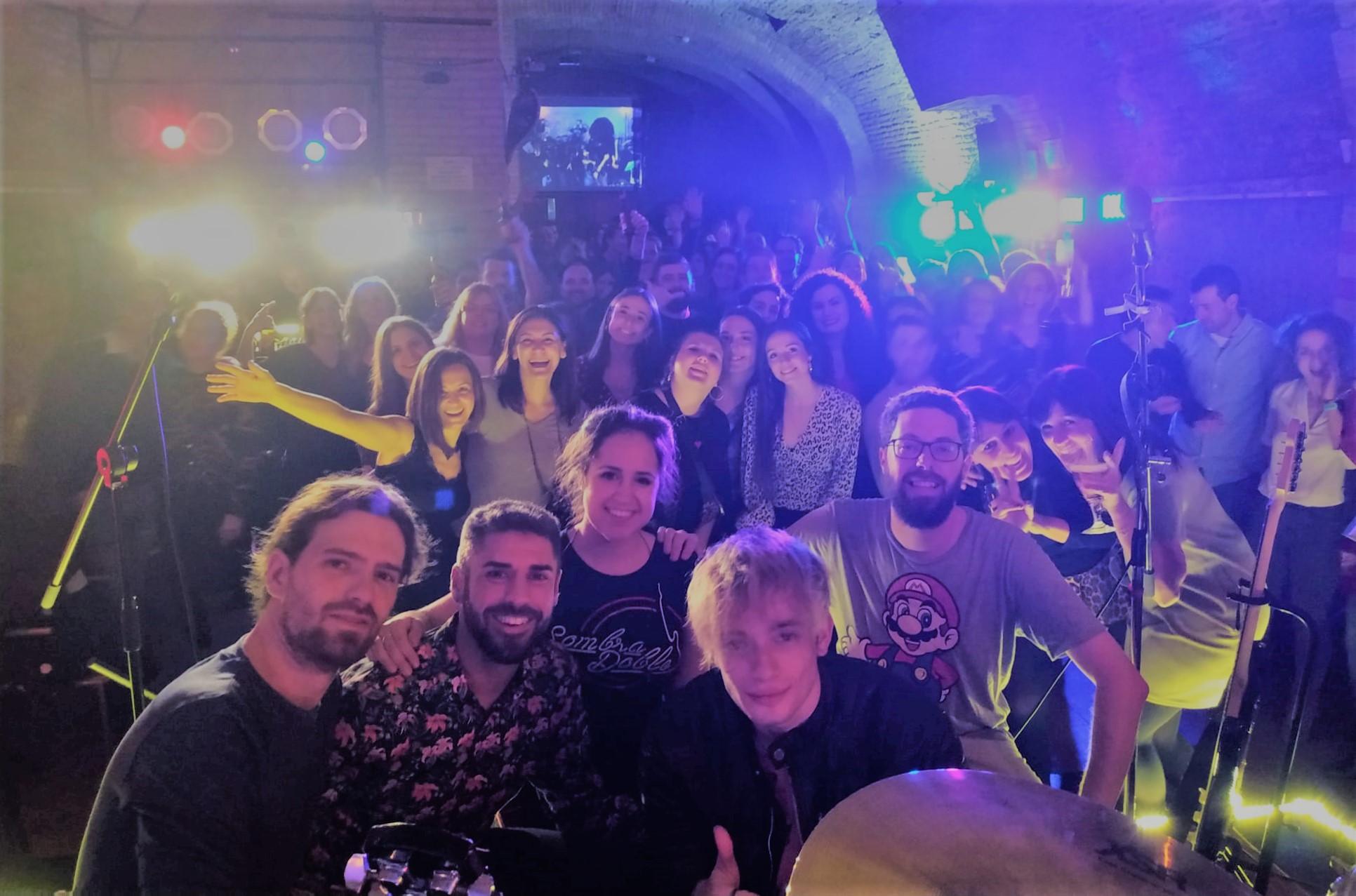 grupo versiones indie español